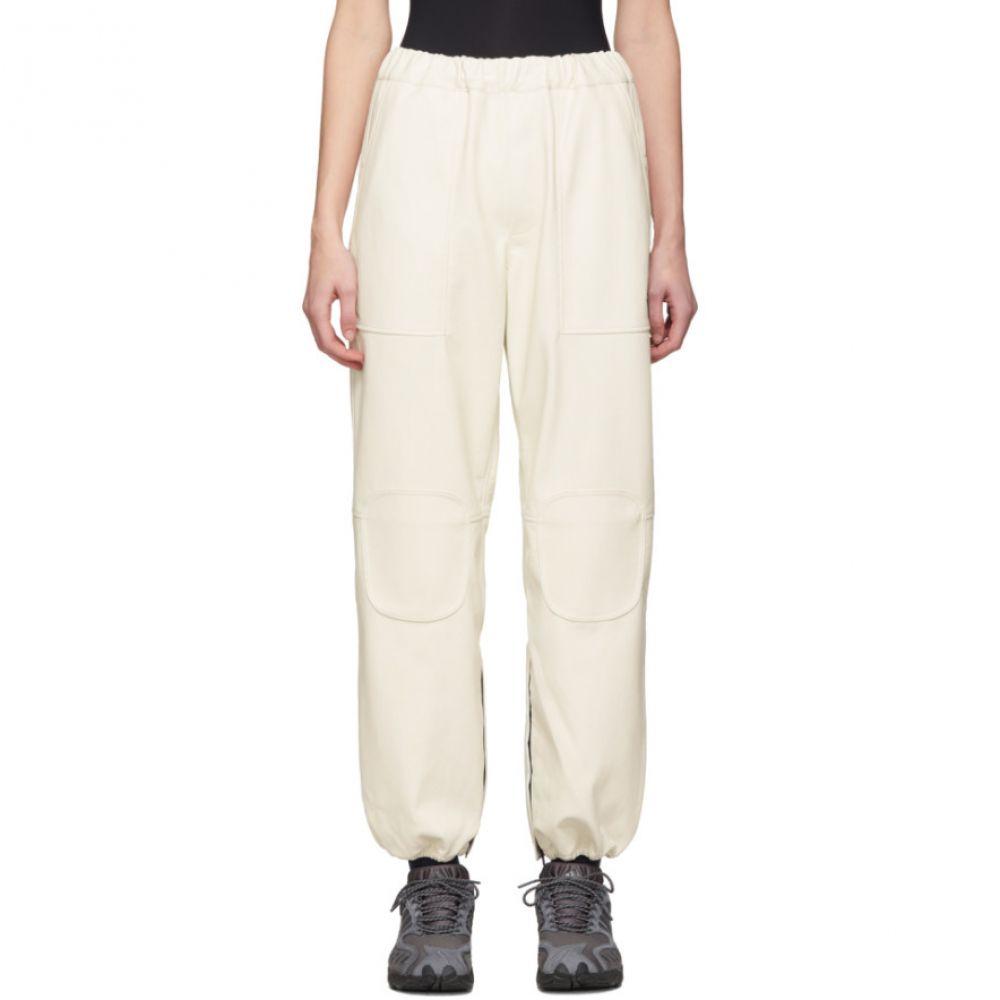 ジーアール ユニフォーマ GR-Uniforma レディース スウェット・ジャージ ボトムス・パンツ【Off-White Faux-Leather Track Trousers】White