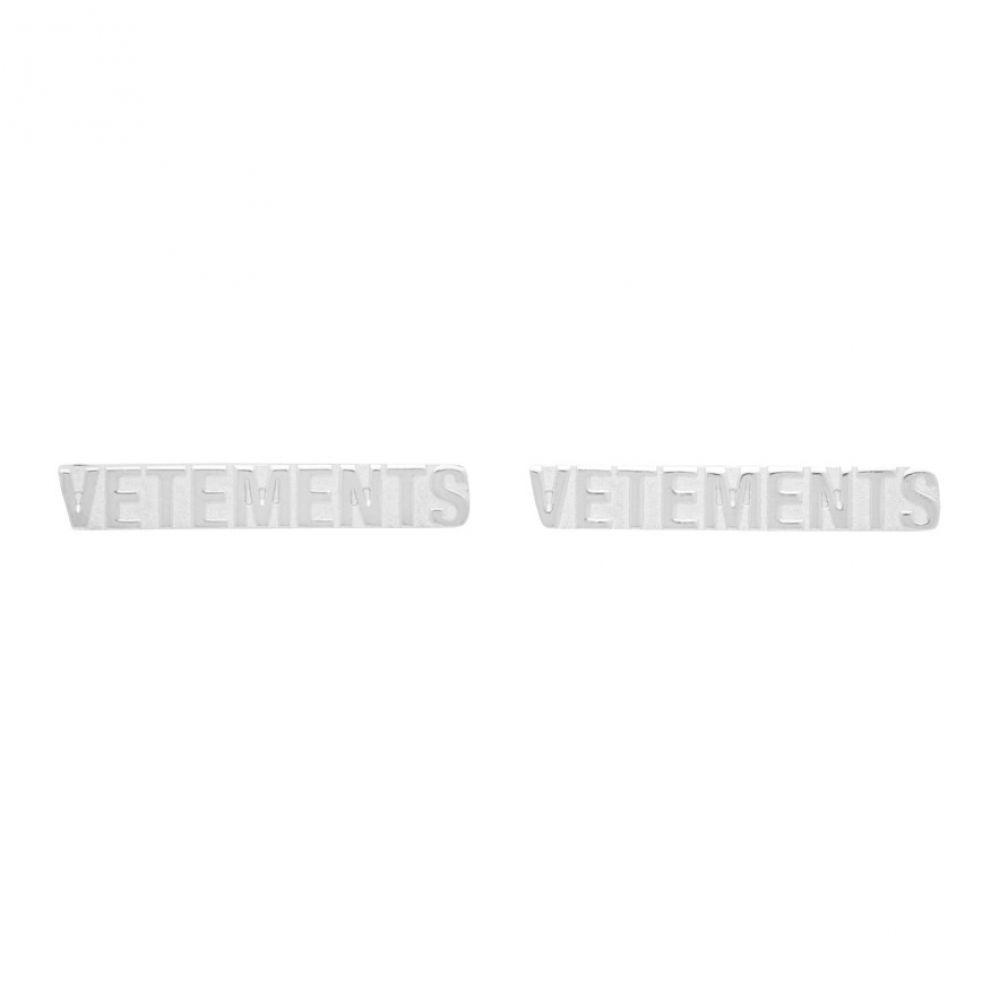 ヴェトモン VETEMENTS メンズ イヤリング・ピアス ジュエリー・アクセサリー【Silver Logo Stud Earrings】Silver