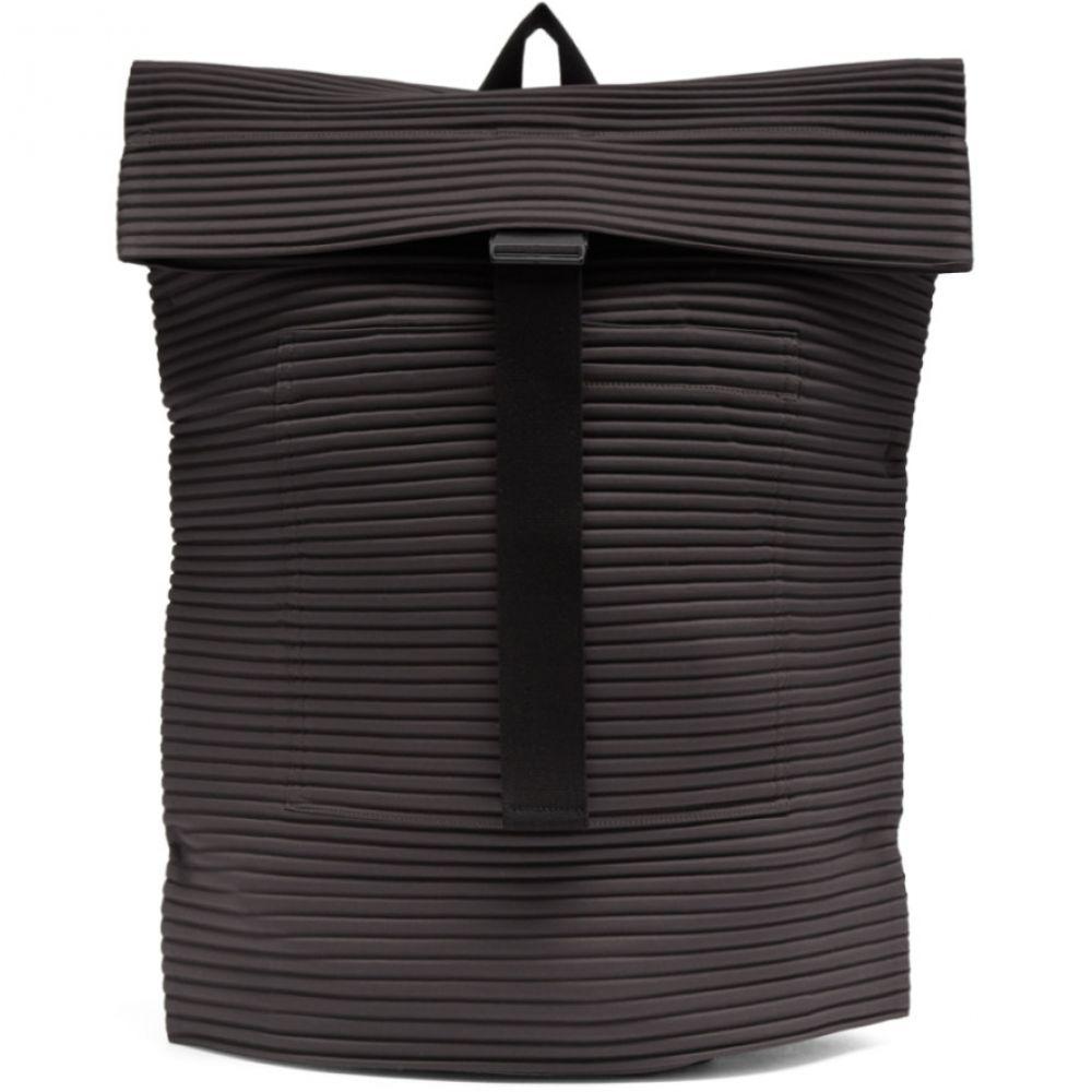 イッセイ ミヤケ Homme Plisse Issey Miyake メンズ バックパック・リュック バッグ【Grey Flat Bag1 Backpack】Dark grey
