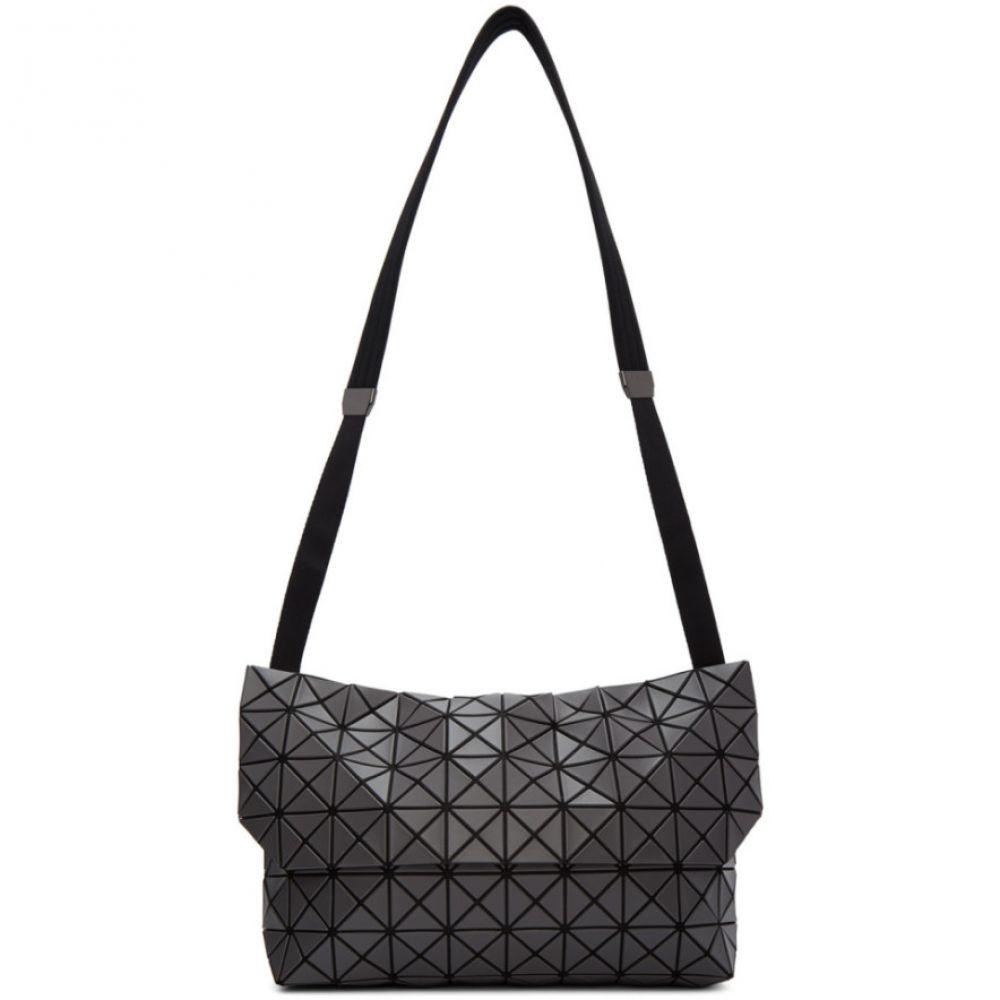 イッセイ ミヤケ Bao Bao Issey Miyake メンズ メッセンジャーバッグ バッグ【Grey Prism Messenger Bag】Charcoal grey
