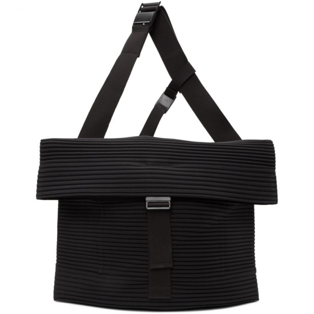 イッセイ ミヤケ Homme Plisse Issey Miyake メンズ メッセンジャーバッグ バッグ【Black Pleats Flat 2.0 Messenger Bag】Black