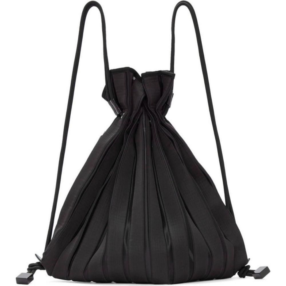 イッセイ ミヤケ Issey Miyake レディース バックパック・リュック バッグ【Black Linear Knit Backpack】Black