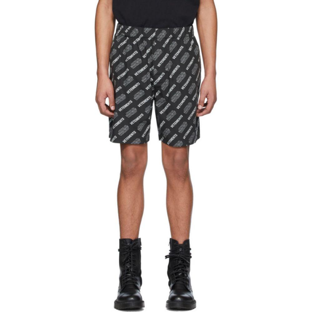 ヴェトモン VETEMENTS メンズ ショートパンツ ボトムス・パンツ【Black STAR WARS Edition All Over Logo Shorts】Black/White