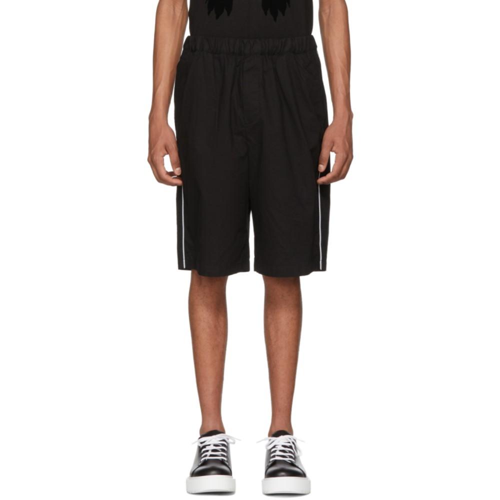 アレキサンダー マックイーン メンズ ボトムス・パンツ ショートパンツ【Black Patch Drawstring Shorts】
