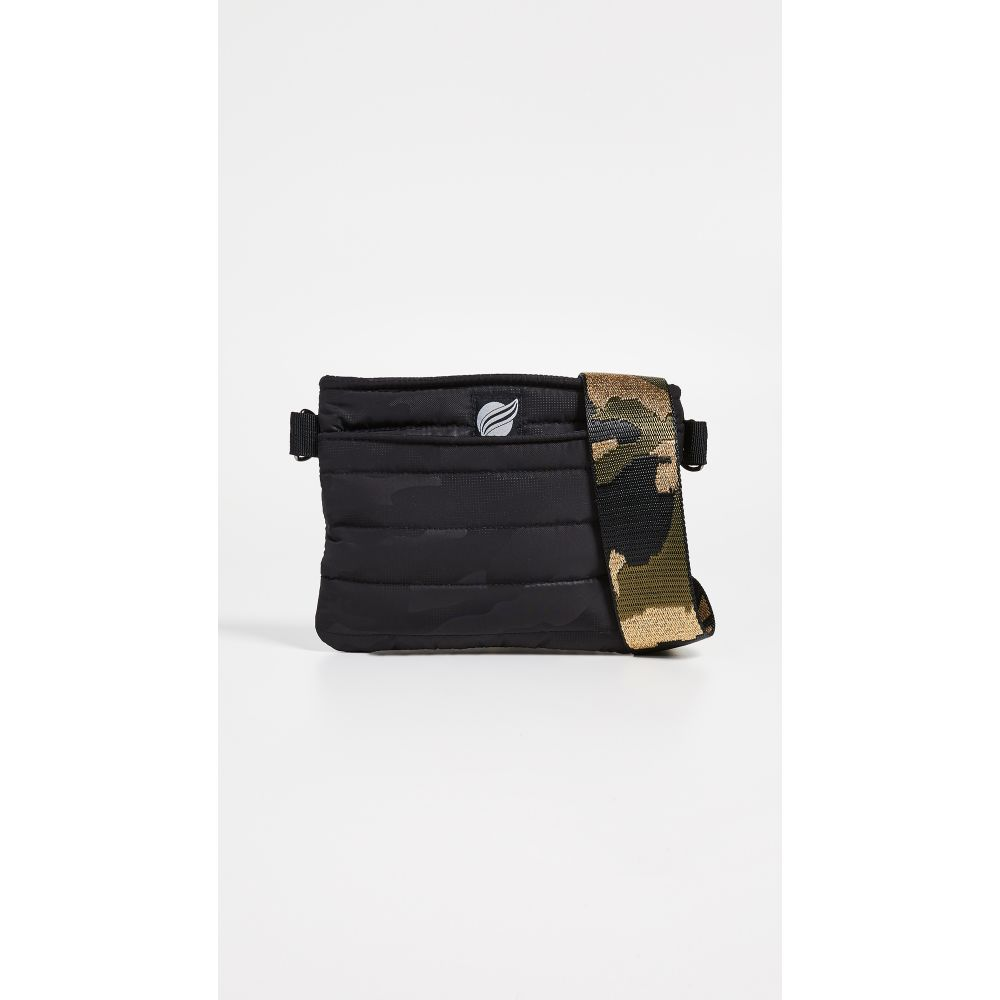 シンクロリン Think Royln レディース ショルダーバッグ バッグ【Convertible Belt Crossbody Bag】Black Camo/Metallic Camo