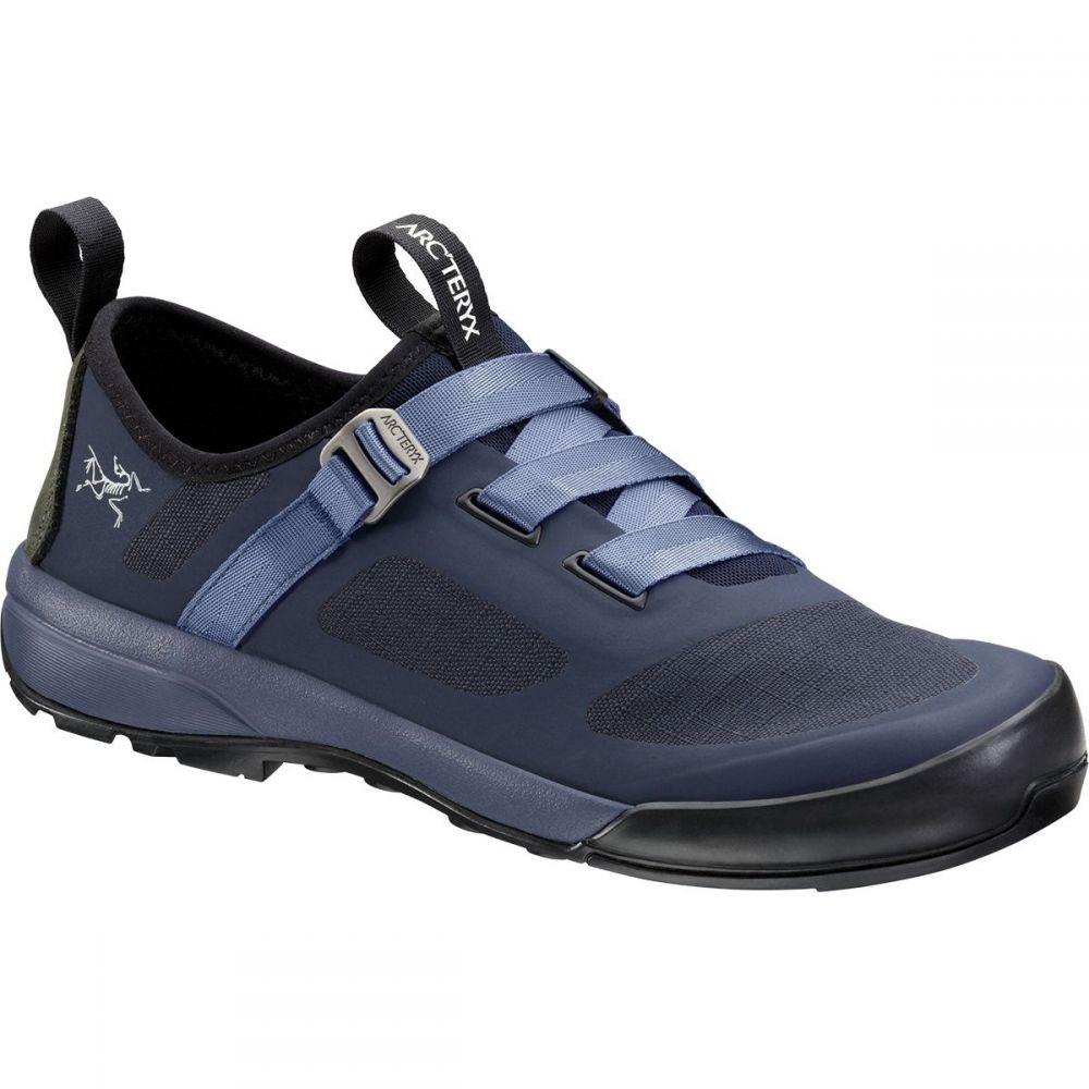 アークテリクス Arc'teryx レディース ハイキング・登山 シューズ・靴【Arakys Approach Shoe】Black Sapphire/Binary