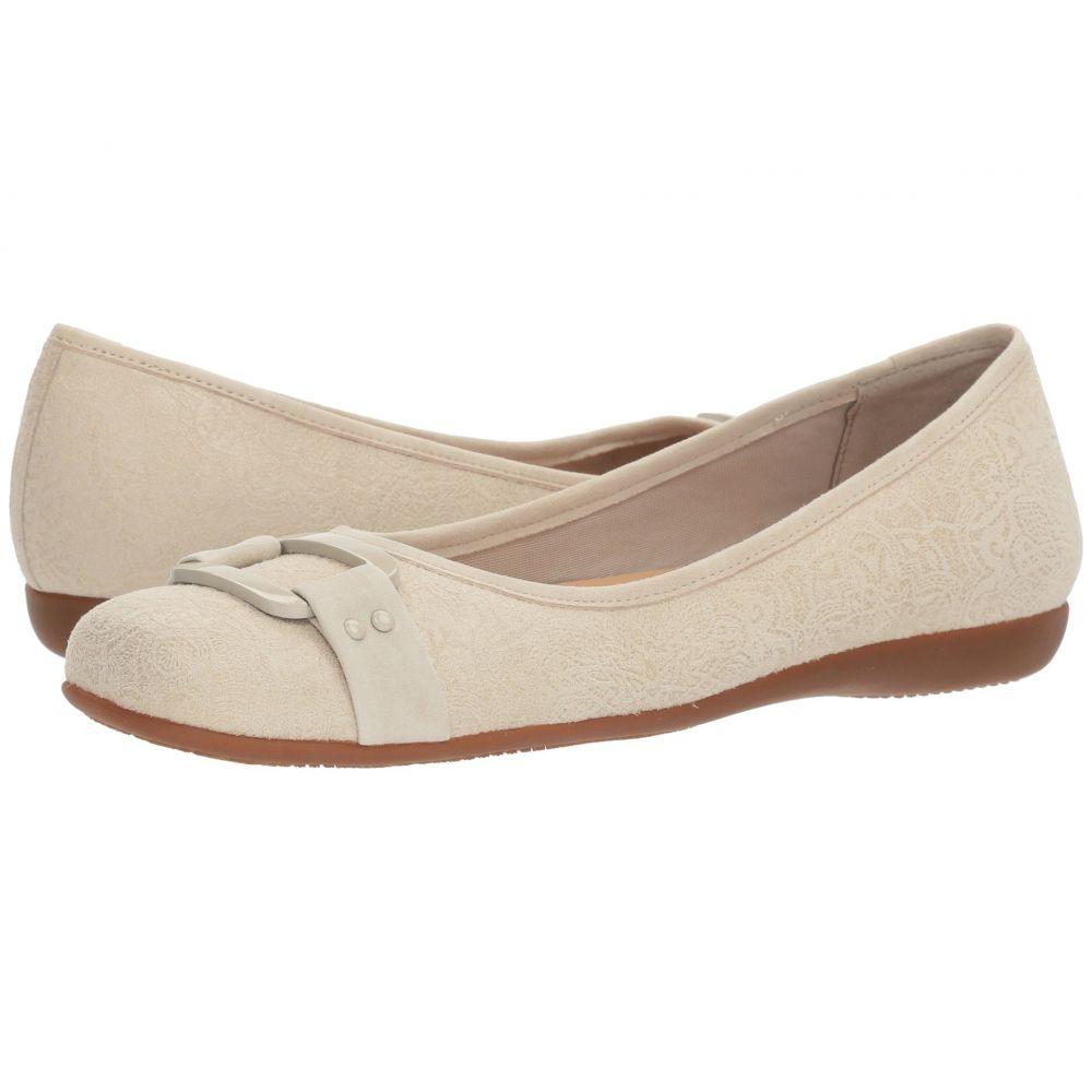 トロッターズ Trotters レディース スリッポン・フラット シューズ・靴【Sizzle】Off-White Empire Embossed Leather