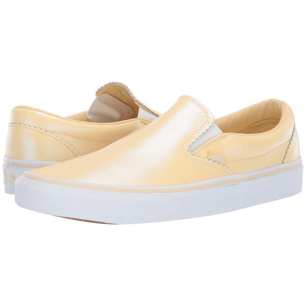 ヴァンズ Vans レディース スリッポン・フラット シューズ・靴【Classic Slip-On】Gold/True White