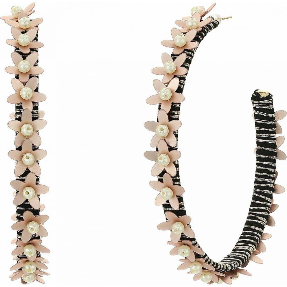 ケネスジェイレーン Kenneth Jay Lane レディース イヤリング・ピアス ジュエリー・アクセサリー【Gold Threaded Pierced Hoop Earrings with Beige Flowers】