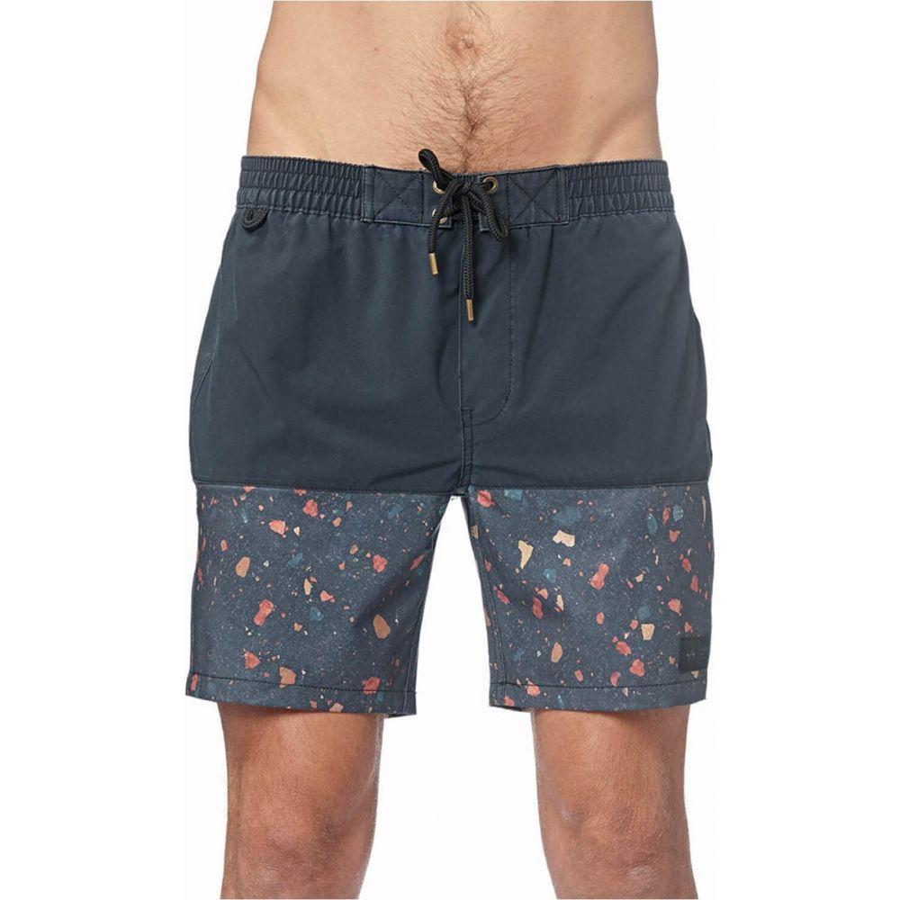 グローブ Globe メンズ 海パン ショートパンツ 水着・ビーチウェア【Dion Fleck 17' Pool Shorts】Black