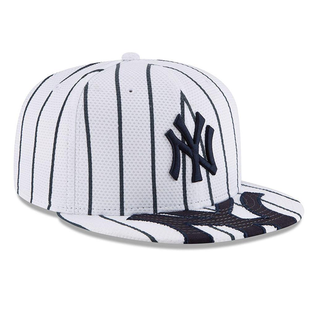 ニューエラ New Era ユニセックス 帽子 キャップ【New York Yankees Adult Gary Sanchez Snapback Hat】White