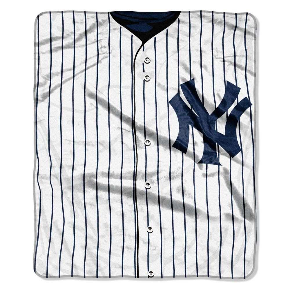ノースウエスト Northwest ユニセックス 雑貨【New York Yankees Jersey Raschel Throw Blanket】