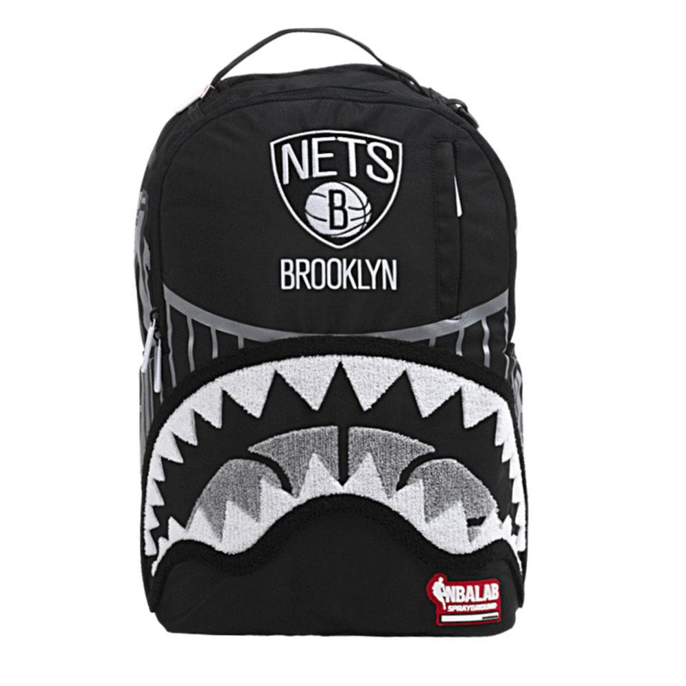 スプレイグラウンド Sprayground ユニセックス バッグ バックパック・リュック【Brooklyn Nets Bridge Backpack】Black/White