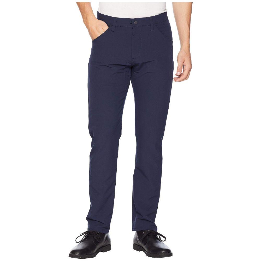 ドッカーズ Dockers メンズ ボトムス・パンツ スキニー・スリム【Slim Tapered Smart 360 Tech Khaki Pants】Pembroke