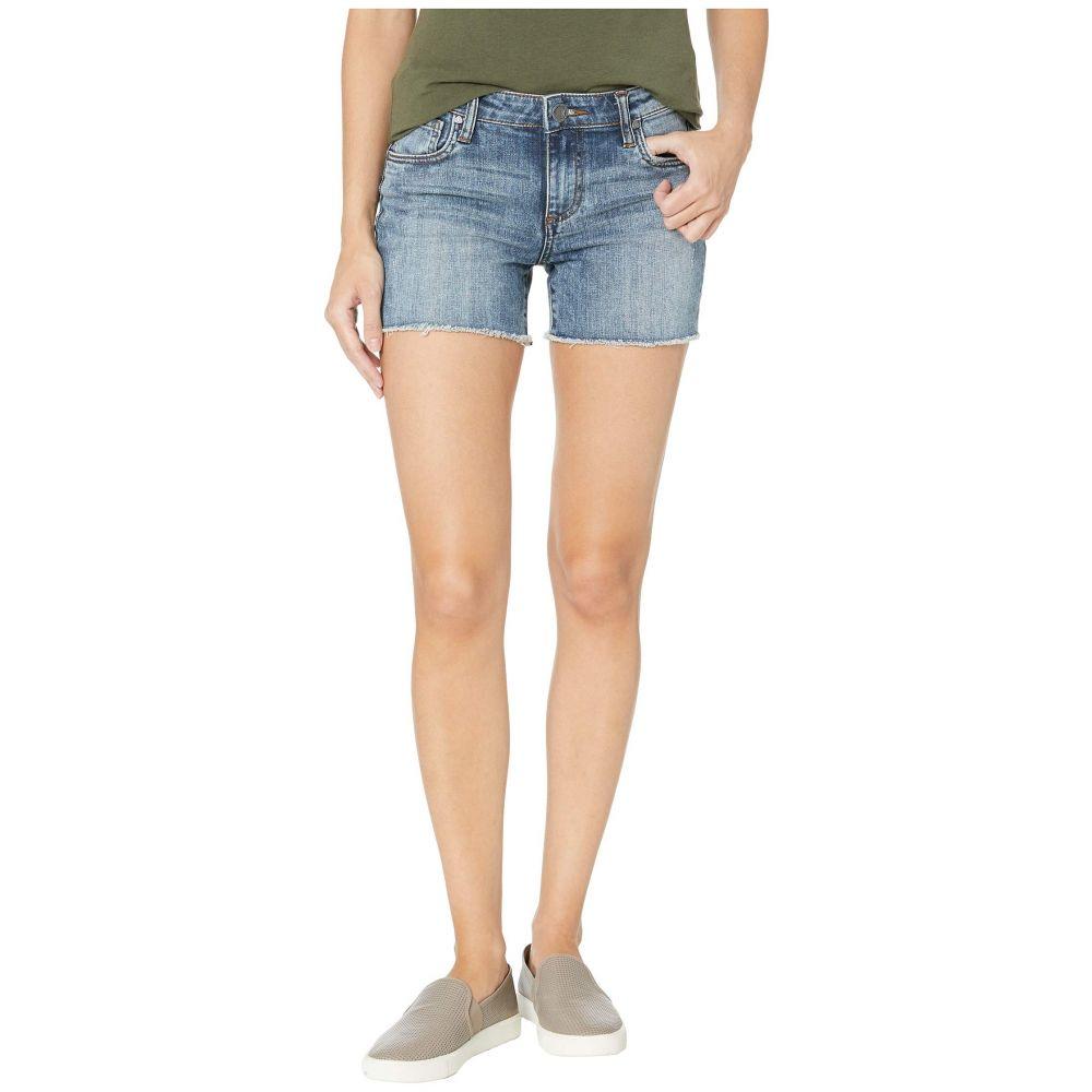 カットフロムザクロス KUT from the Kloth レディース ボトムス・パンツ ショートパンツ【Gidget Fray Shorts in Reflective w/ Medium Base Wash】Reflective w/ Medium Base Wash