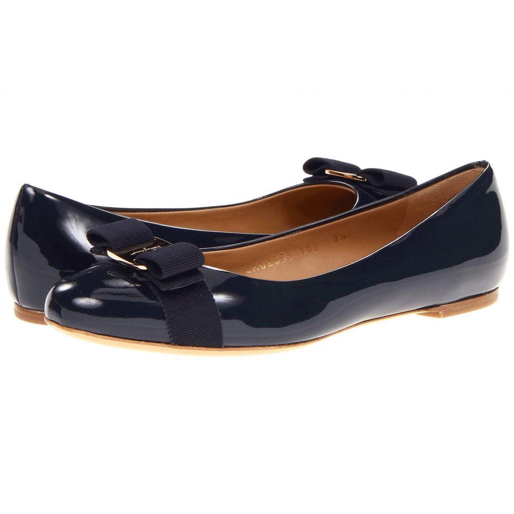サルヴァトーレ フェラガモ Salvatore Ferragamo レディース スリッポン・フラット バレエシューズ シューズ・靴【Varina Ballet Flat w/ Bow】Oxford Blue Patent