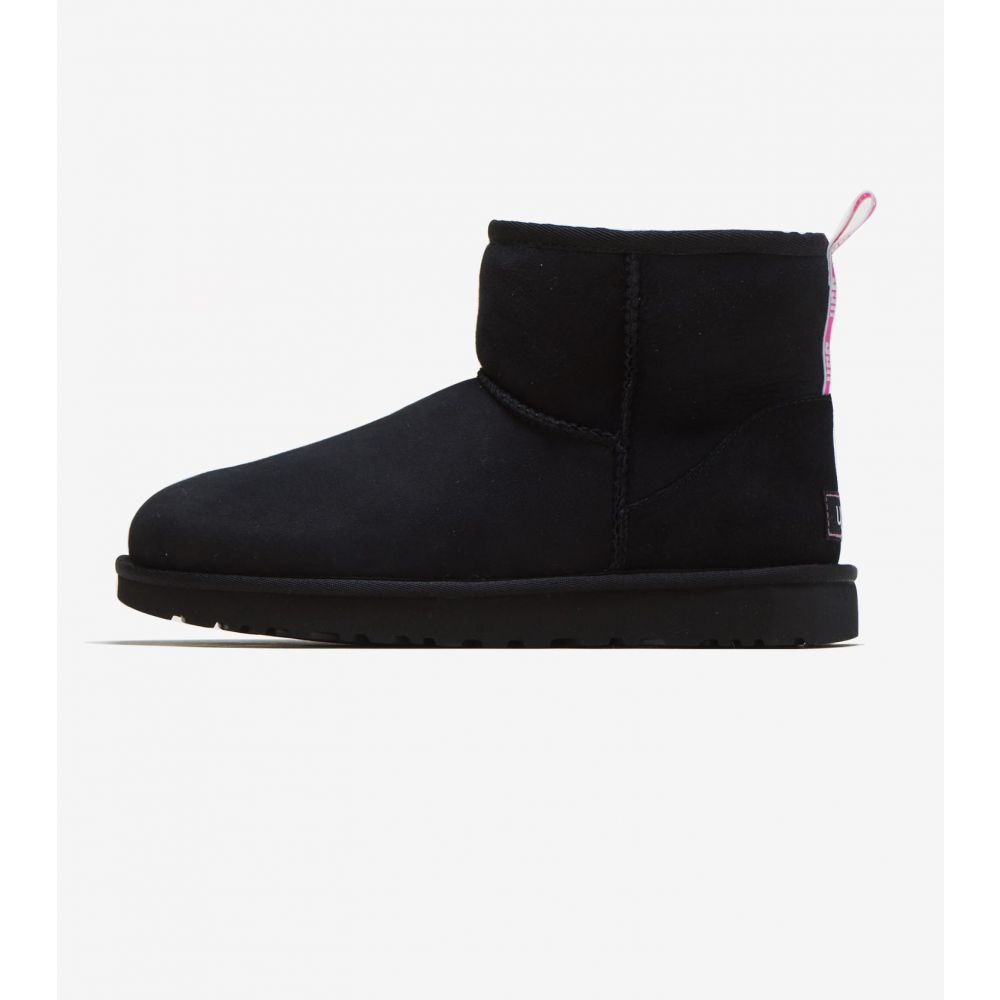 アグ Ugg レディース ブーツ シューズ・靴【Classic Mini II Graphic Logo Boot】Black/Neon Pink