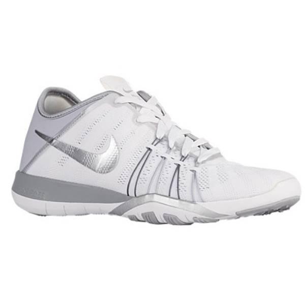 ナイキ レディース フィットネス・トレーニング シューズ・靴【Nike Free TR 6】White/Metallic Silver/Wolf Grey