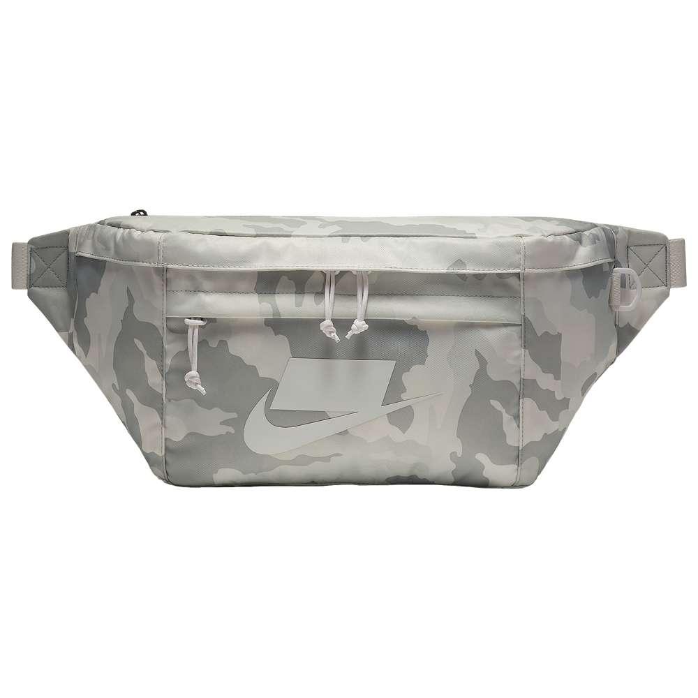 ナイキ Nike ユニセックス バッグ ボディバッグ・ウエストポーチ【Tech Hip Pack】White/Camo