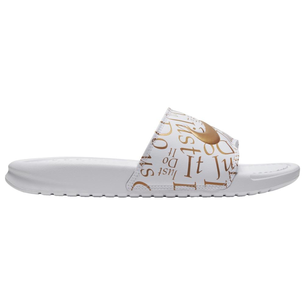 ナイキ Nike レディース サンダル・ミュール シューズ・靴【Benassi JDI Slide】White/Metallic Gold Print