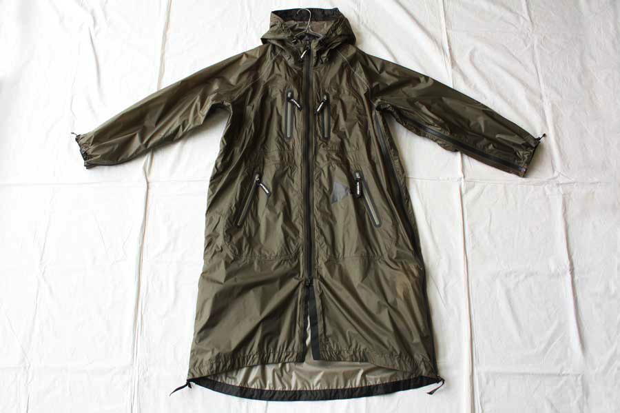 ■【送料無料】and wander アンドワンダー fly rain long coat ロングコート