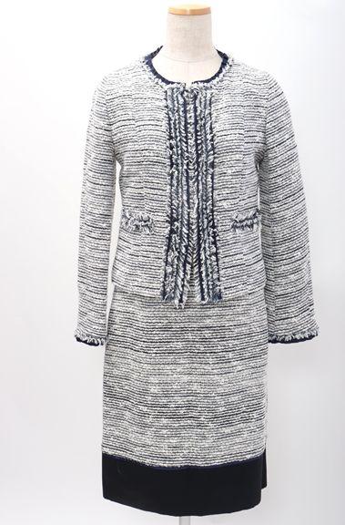 【11月24日に値下げ】トゥモローランドコレクションTOMORROWLAND collection ツイードノーカラーセットアップ スカートスーツ【LSTA48133】【白紺】【上38下38】【中古】【2点以上同時購入で送料無料】【DM180620】