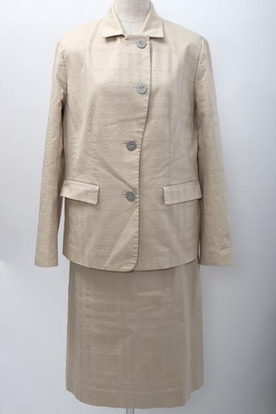 【6月4日に値下げ】BURBERRY LONDONバーバリーロンドン 大きいサイズ ジャガード織シャドーチェックセットアップ ジャケットスカートスーツ【LSTA58739】【ベージュ】【上下13BR】【中古】【2点以上同時購入で送料無料】【DM191227】