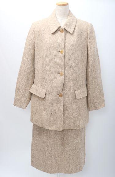 【1月5日に値下げ】BURBERRY LONDONバーバリーロンドン 大きいサイズ 羊毛モヘヤツイードセットアップ ジャケットスカートスーツ【MSTA50787】【ベージュ系】【上13ABR下15】【中古】【2点以上同時購入で送料無料】【DM181107】