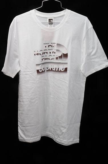 SUPREMEシュプリーム ×The North Faceザノースフェイス 2018SS Metalic Logo T-shirt BOXロゴTシャツ新品【MTSA48190】【白】【M】【未使用】【2点以上同時購入で送料無料】【DM180627】