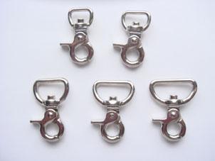 ミニレバーナスカン フック 首輪パーツ 首輪金具 ミニレバーナスカン(平)21mm シルバー(ニッケル) 日本製