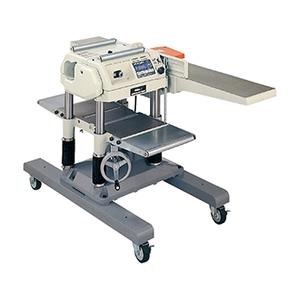 最大切削幅:(手動)315mm(手押)250mm HiKOKI(日立工機) 100V 自動かんな盤 P100RL [大型商品]