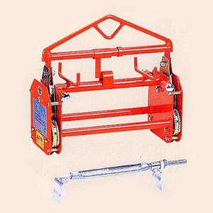 サンキョウトレーディング U字溝吊りクランプ マシンバイス 内吊 BOX-S :1台
