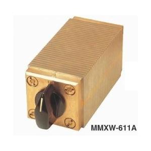 カネテック マグネット 四面吸着形永磁ミニチャック MMXW-611A