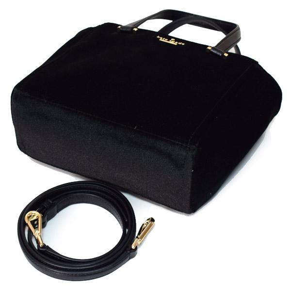 964e9d3855d7 シンプルですが、ケイトスペードらしい遊び心が随所に詰まったシンプルな日本未発売バッグです!ビジネスシーンにも使えるシンプルなデザインはケイトスペードでは入手  ...