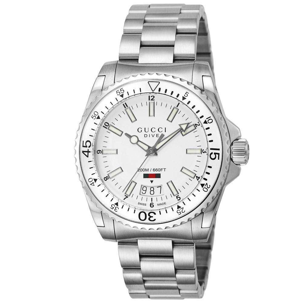 グッチ GUCCI 腕時計 DIVE ステンレスベルトMウォッチ YA136302  ギフトラッピング無料 ラッキーシール対応