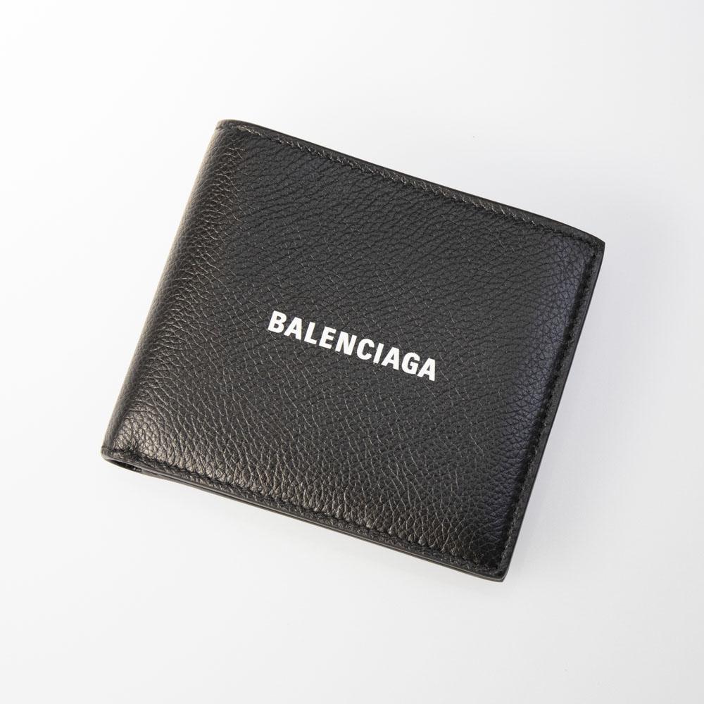 【5月4日-7日★ポイント5倍】バレンシアガ BALENCIAGA 折財布 CASHロゴグレインカーフ折小銭付 5943151IZ43  ギフトラッピング無料 ラッキーシール対応