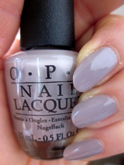 OPI (Opie eye) NL A61 Taupe-less Beach (toe press beach) opi manicure nail  color Ney reportage Risch self-nail fast-dry gray gray トープパープル purple mat