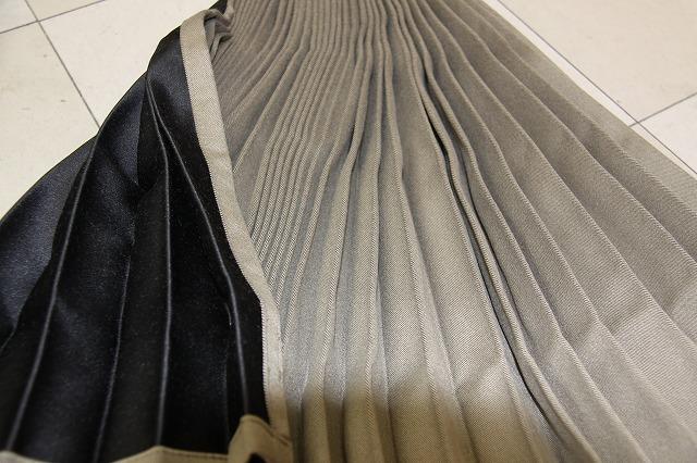 トラックカーテン トラック用品 仮眠カーテン 大型中型 プリーツ 日本製 ベージュ/黒 1級遮光 巾240x丈90cm 2枚入り フック32ケ入り 防炎加工