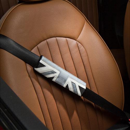 BMW MINI(ミニ)シートベルトパッドセット(ユニオンジャック カーボン)【CABANA】