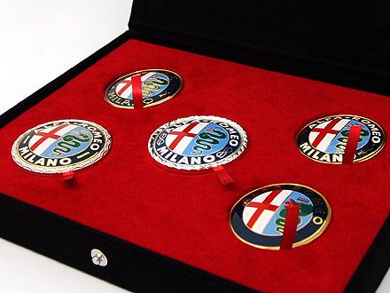 Alfa Romeo(アルファロメオ)純正 100周年エンブレム オブジェコレクション