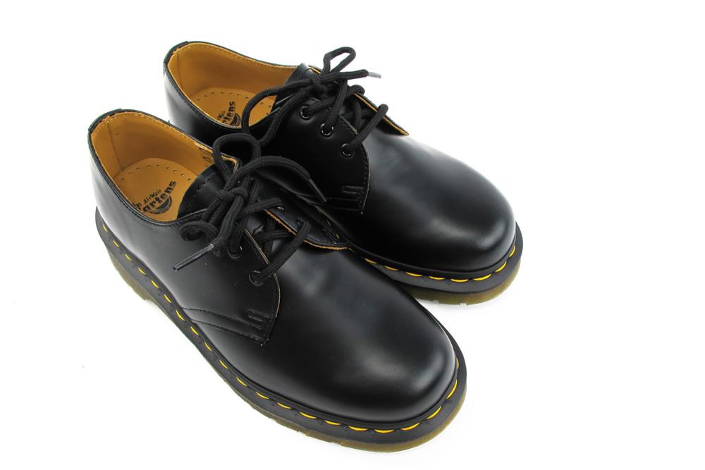 Dr Martin Black Shoes