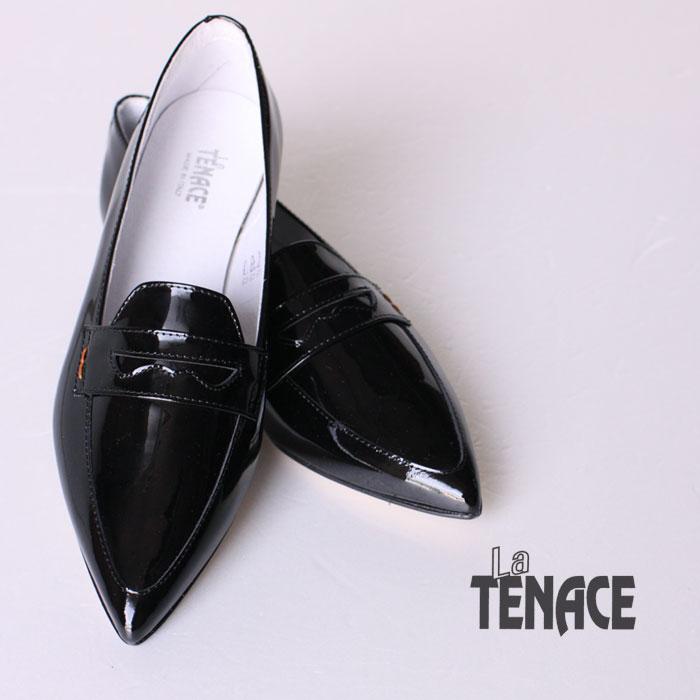 【La TENACE-ラ テナーチェ】パテントレザーのポインテッドトゥローファー【オペラシューズ】【090-VN】