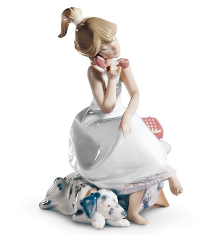 リヤドロ人形【リヤドロ】大切な電話546610P14Sep12【結婚祝】【出産祝】【退職祝】【引越祝】【還暦祝】【記念品】