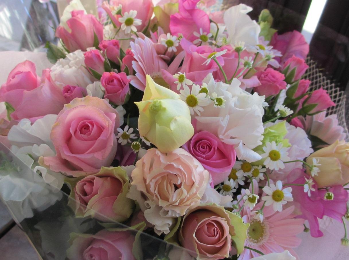 【送料無料】【画像配信OK】 loveピンクの花束 プロポーズ 結婚祝い 結婚記念日 発表会 送料無料 ラッピング無料