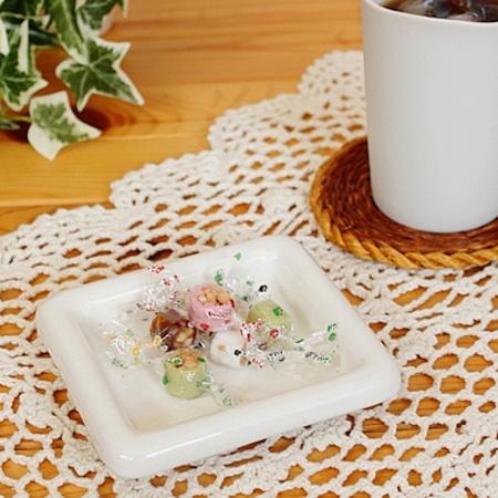 スクエア小皿 (ホワイト)(洋食器 白い食器 お皿 プレート 小皿 業務用食器 アウトレット込み 業務用 多治見美濃焼 日本製)