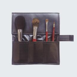 至上 熊野化粧筆 送料無料 4点初心者セット 収納ケース付 贈答品 メイクブラシ 美容 メイクセット 健康 化粧道具