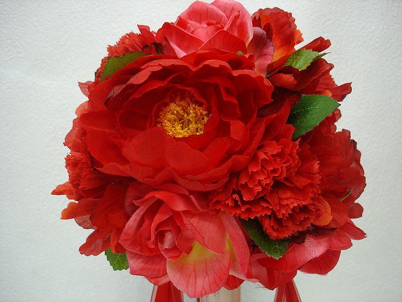 ブートニアも無料でお付けいたします 造花で作るウェディングブーケ 永遠に思い出を残しませんか セール ウェディングブーケ レッド123 結婚式 ウェディング ブライダル ブートニア 期間限定特別価格 二次会 トスブーケ ブーケ 再販ご予約限定送料無料