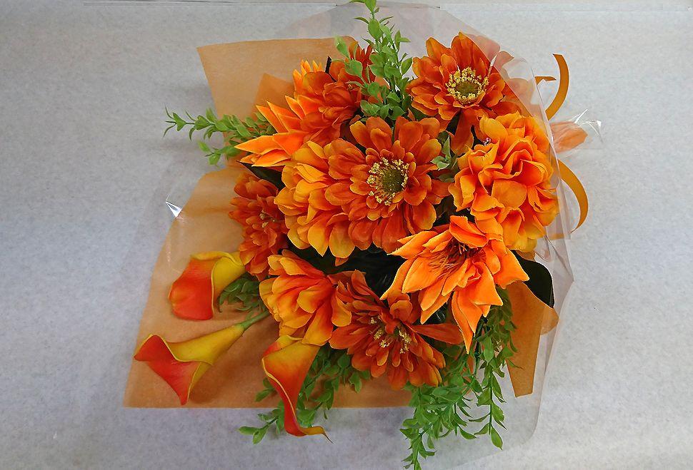最新号掲載アイテム 造花の花束 お祝い お見舞い 誕生日 発表会など様々な用途でご利用いただけます 造花 花束 現金特価 花 フラワーギフト 卒園式 送迎 歓迎 退職祝い 卒業式 結婚祝い 還暦 記念日