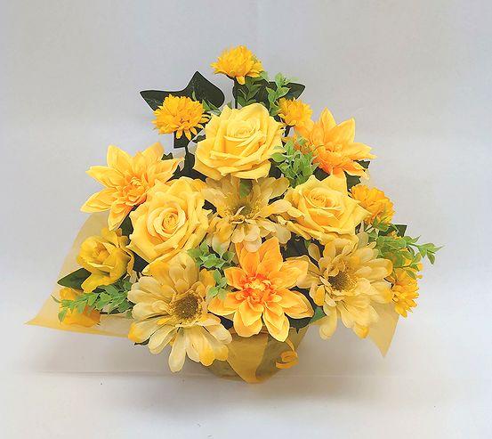 でました 造花でこんなに豪華なアレンジメント お花 器をおまかせしていただいて その分 ボリュームアップ 素敵な造花アレンジメントはいかがでしょう 造花 割引も実施中 ボリューム満点 デザイナーおまかせアレンジメントH30 イエロー 楽ギフ_メッセ入力 花 記念日 歓迎 母の日 No.2 誕生日 結婚祝い アレンジメント 退職祝い ※アウトレット品 インテリア 送迎 お祝い 還暦 フラワーギフト