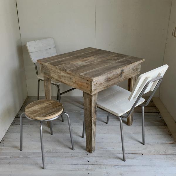 リサイクルウッド・カフェテーブル2 テーパー脚 木製テーブル テーブル ダイニングテーブル カフェテーブル 二人掛けテーブル 天然木 無垢 アンティークテーブル アンティーク風